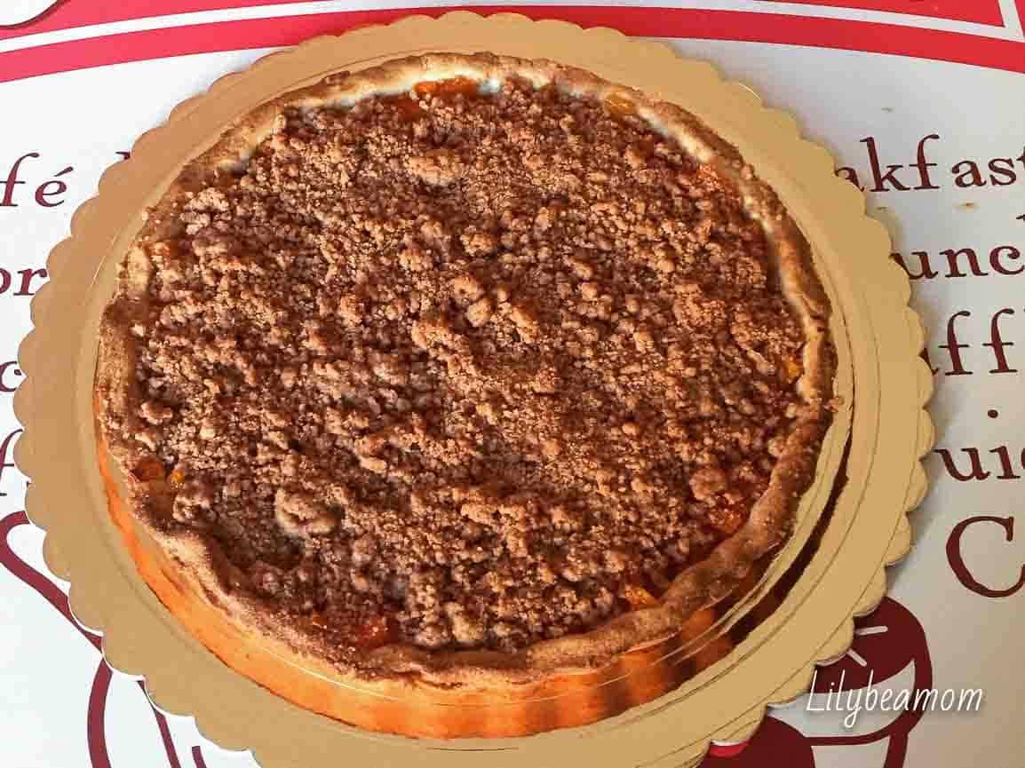 Crostata di zucca con crumble alla cannella | paninisopraffini.com